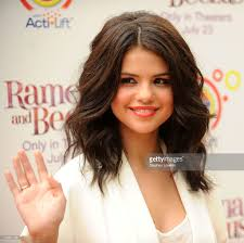 actress selena gomez attends the premiere of ramona and beezus in picture id103001188