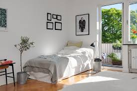 cool small apartments apartments cool small apartment bedroom design with wall decor