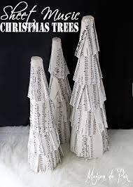 Mantel Topiaries - 239 best christmas topiaries images on pinterest christmas