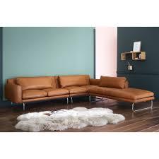 canapé droit 5 places canapé d angle droit 5 places en cuir cognac maisons du monde