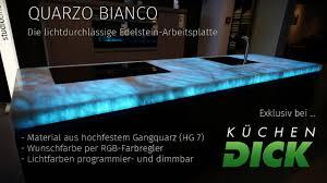 K Hen Bei Quarzo Bianco Die Erste Lichtdurchlässige Edelstein