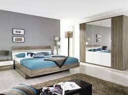deco tapisserie chambre rideaux chambre garçon couleur papier peint chambre adultes
