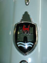 original volkswagen logo file volkswagen emblem jpg wikimedia commons
