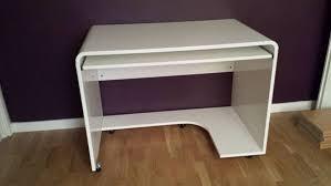 bureau ordinateur blanc laqué bureau ordinateur blanc bureau avec armoire eyebuy