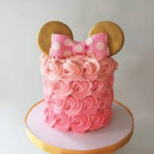 minnie mouse cake minnie mouse cake le dolci
