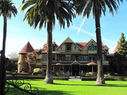 the winchester mystery house another photo taken before the 1906