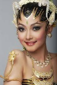 indonesian brides beautiful indonesian girl in the beauty traditional dress