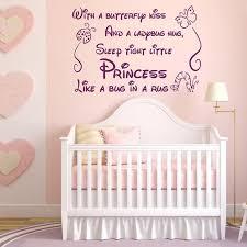 stickers chambre enfant fille avec un papillon baiser stickers muraux pour chambres d enfants