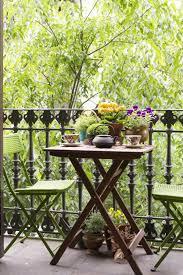 balkon tische balkontische klappbar pflanzen grüne stühle for the home