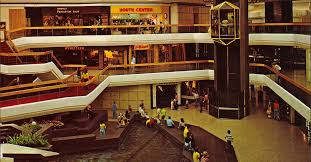 Barnes And Noble West Farms Mall 13 Bygone Mall Stores We Want To Shop At Again