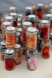 hochzeitsgeschenke f r die g ste süßigkeit flaschen hochzeitsgeschenke hochzeitstag ideen