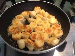 cuisiner quenelles salade quenelles lardons et oeufs multidélices