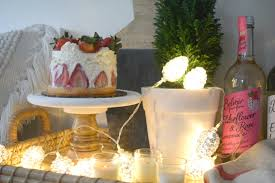 christmas entertaining ideas and casual table setting nesting