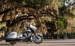 2016 victory magnum x 1 stealth edition review