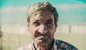 old man free stock photos of old man pexels