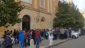 panico testo panico e caos a roma scuole metro e uffici pubblici evacuati