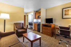 Comfort Suites North Hotel Comfort Suites Dallas North Tx Booking Com