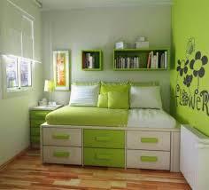 Home Decor For Bachelors by Bedroom Best Bachelor Pad Wall Decor Bedrooom White Pillow Duvet