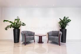 poltrone salotto tavolino da salotto con le poltrone immagine stock immagine di