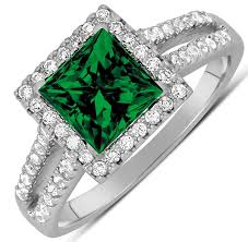 green engagement ring luxurious 1 50 carat princess cut green emerald and