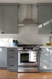 Cooktop Hoods Subway Tile Backsplash Note Where Tile Stops And Starts Around