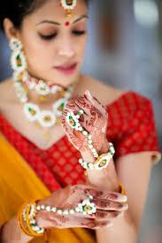 wedding flowers jewellery the trending floral jewellery venuemonk