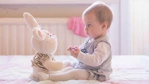 bimbo 13 mesi alimentazione sviluppo bambino a 8 mesi paginemamma