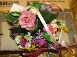 home interiors gifts ring of flowers for candle new in box