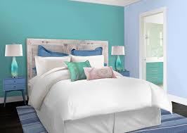 peindre sa chambre peinture chambre bleu turquoise à référence sur la décoration de la