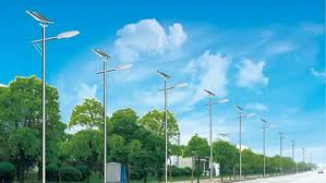 what is street light what is price difference between solar street light and traditional