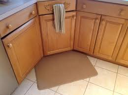 Padded Kitchen Rugs Padded Kitchen Rug Sink Foam Backed Area Rugs Padded Kitchen