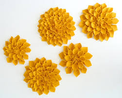 fabric flowers 30 diy fabric flower tutorials