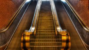 how many flights of stairs equal a mile reference com