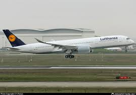 bureau lufthansa lufthansa a350 900 makes its flight the of aviation