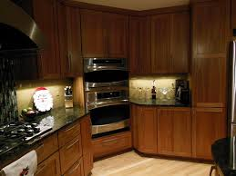 Kitchen Light Under Cabinets Under Cabinet Lights Led Light Shining On Kitchen Counter Bazz