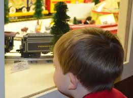 national toy train museum where christmas and toy trains go