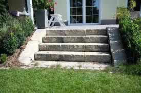 bauanleitung fã r treppen bau einer terrasse holzbalken fa 1 4 r die terrasse genehmigung