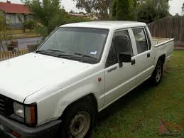 triton 1995 dual cab ute 5 sp manual 2 6l carb going cheap must
