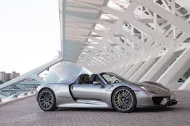 Porsche 918 Spyder Specs - with the roof removed and stashed under the front trunklid that