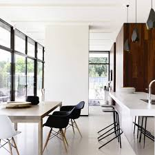 cuisine ouverte sur salle à manger amenagement cuisine ouverte sur salle a manger la avec des touches