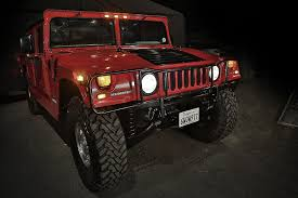 hummer limousine with swimming pool kreisel unveils world u0027s first all electric hummer h1 with arnold