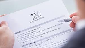 Write A Resume Online Free by How To Write A Resume From Scratch Infographic Lifehacker