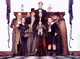 the adams family good group costume this is what i want the 4 of