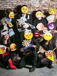 emoji costume 13 unique diy emoji costumes to wear for gurl