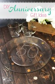 best engraved gifts i think personalized gifts are the best this diy plate and cups