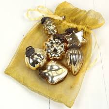 6 gold glass baubles pipii