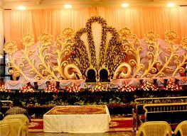 indian wedding stage crowdbuild for