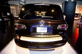 infiniti qx56 license plate light 2015 infiniti qx80 shows off new look in new york motor trend wot