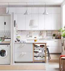 kleine küche mit kochinsel tipps kleine küche kuche einrichten ideen u form 5qm im wohnzimmer
