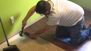 Swiftlock Laminate Flooring Installation Instructions Kenny And The Floor Youtube